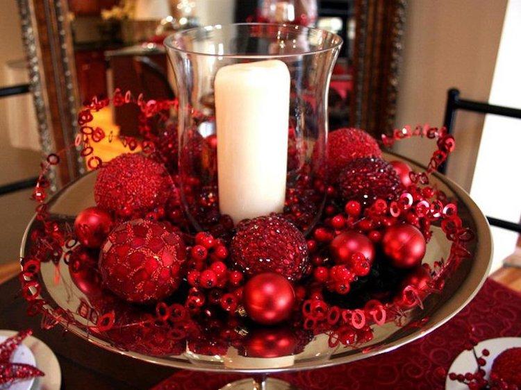 Valentines Ornament Centerpiece