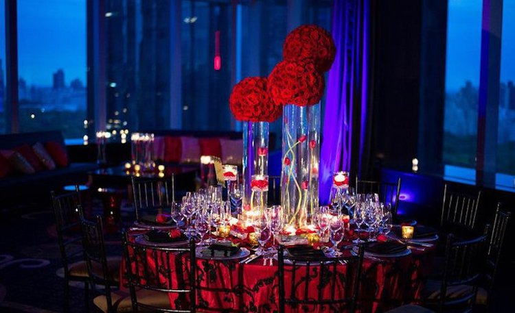 dramatic valentines table