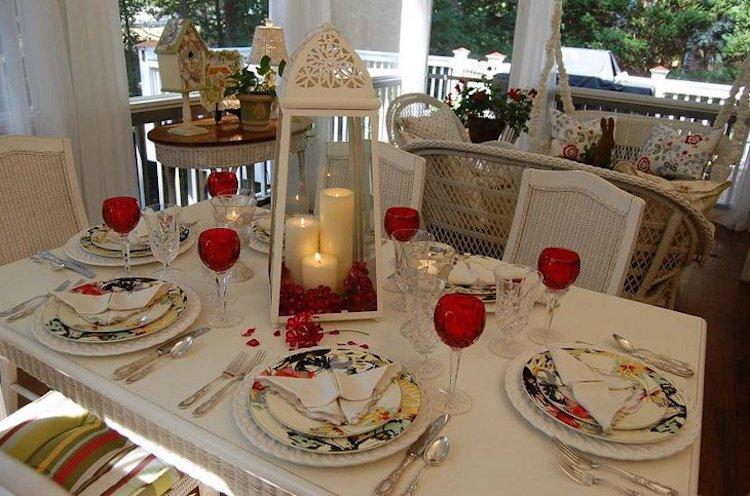Valentine Lantern Table