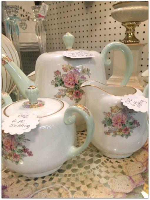 teapot cream sugar